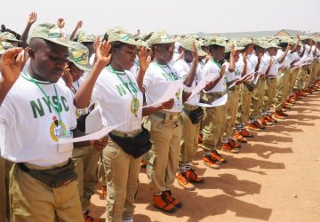PIC.-10.-OFFICIAL-SWEARING-IN-OF-THE-2015-BATCH-A-CORPS-MEMBERS-IN-JOS-360x250.jpg