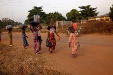 Bassa-Ebira-Crisis-Bassa-People-Running-Out-3-364x243.jpg